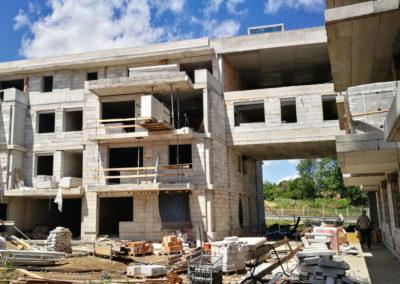 72 lakásos társasház szerkezetépítési munkái