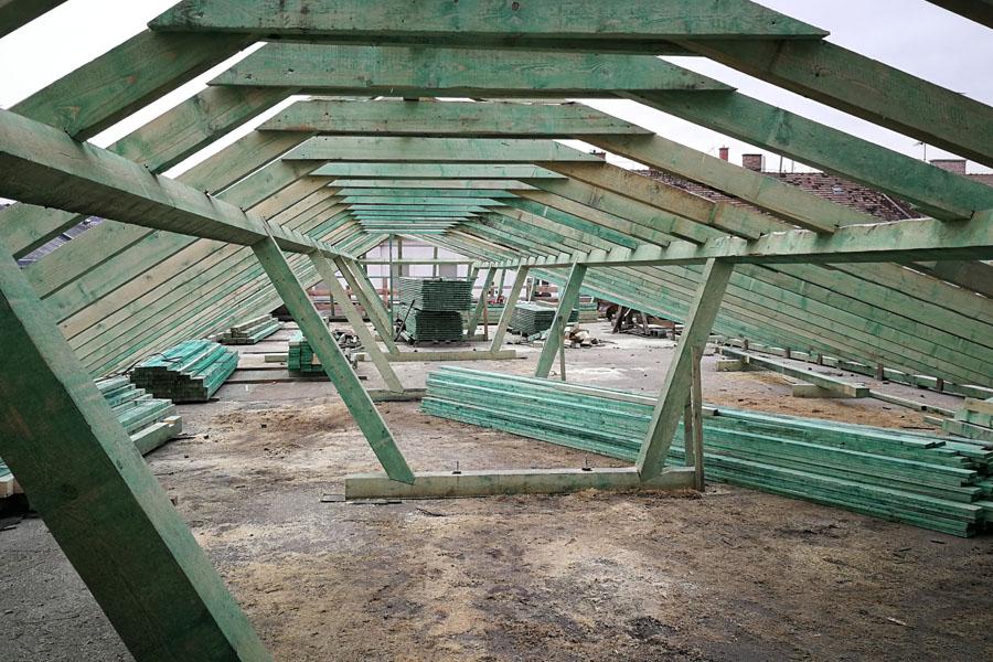 tetőszerkezet készítés, magastető építés