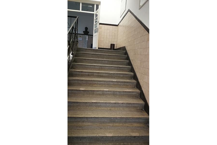 épületfelújítás, felújítás, iroda átalakítás