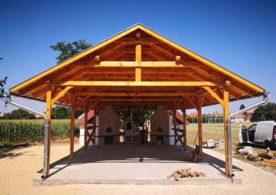 Kemenceház építés – Nyitott favázas épület és kemencék kivitelezése